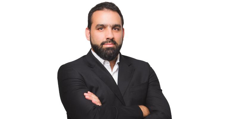 Sandro Botelho, Elsevier