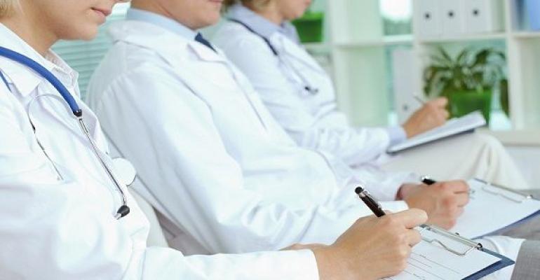 Dermatologia e emergência são alguns  dos temas direcionados à área clínica