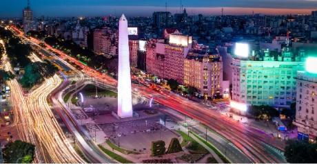 avenida-9-de-julio-e-obelisco-em-buenos-aires-1548174748136_v2_1920x1325.jpg